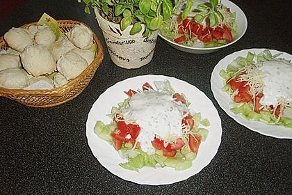 Maracaibo Salat mit Pizzabrötchen