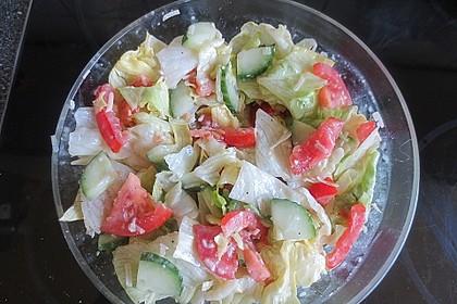 Maracaibo Salat mit Pizzabrötchen 2