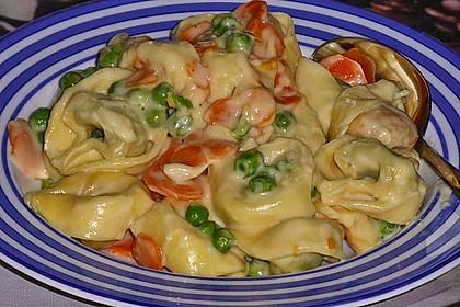Tortelloni in Käsesahnesoße 22