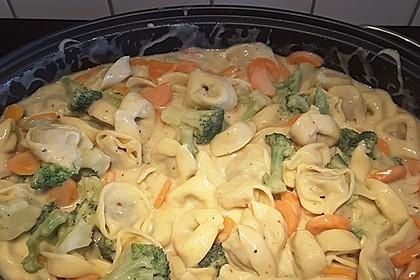 Tortelloni in Käsesahnesoße 27