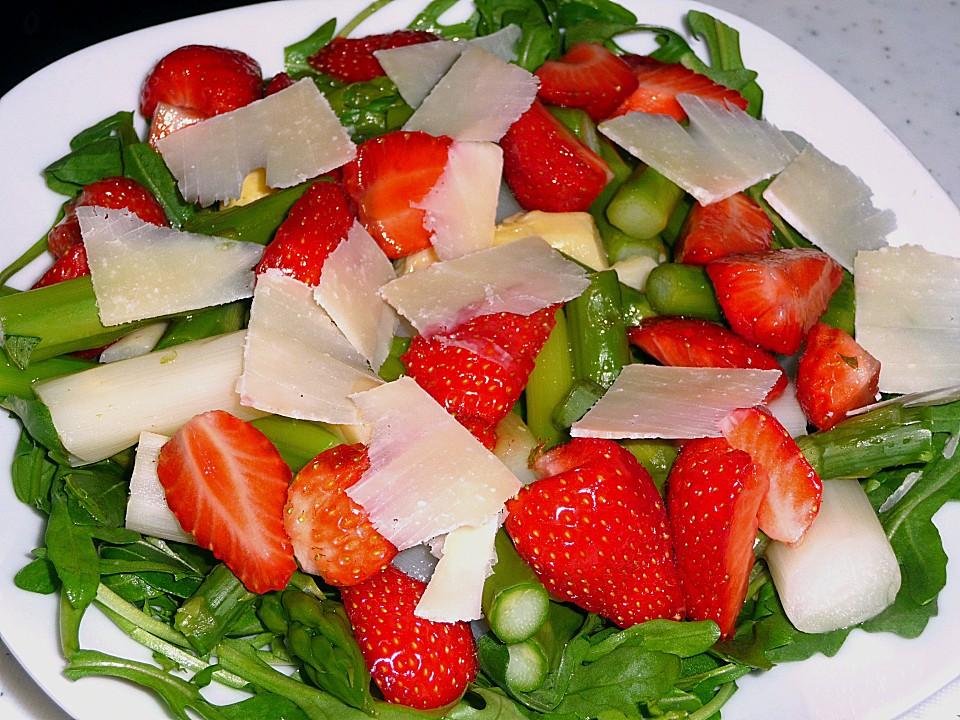 grüner spargel erdbeer salat