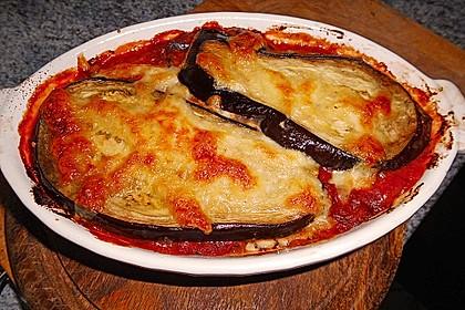 Auberginen - Auflauf mit Mozzarella auf Tomatenbett 3