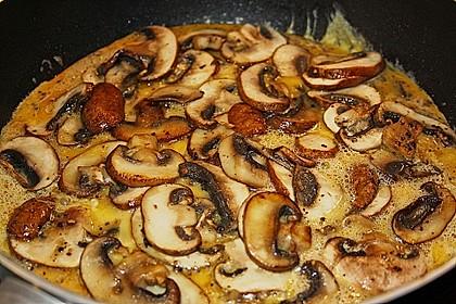 Pizza-Omelette mit Champignons 7