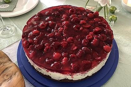 Himbeer Stracciatella Torte 13