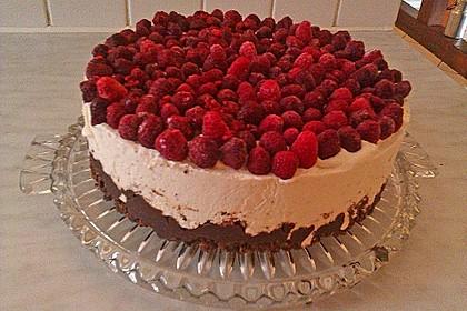 Himbeer Stracciatella Torte 11