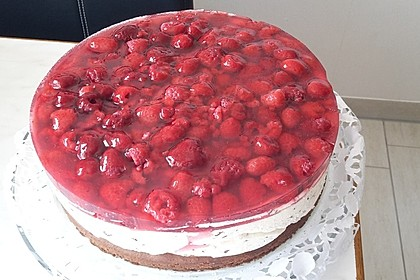 Himbeer Stracciatella Torte 2