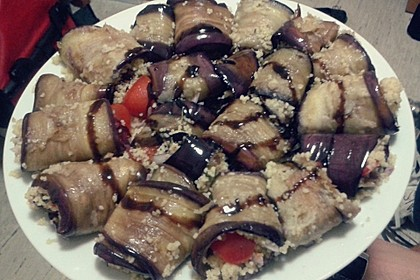 Auberginenröllchen mit Couscoussalat 5