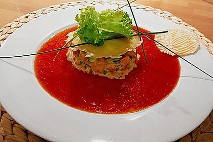 Lachsforellentatar mit Gazpacho - Dressing