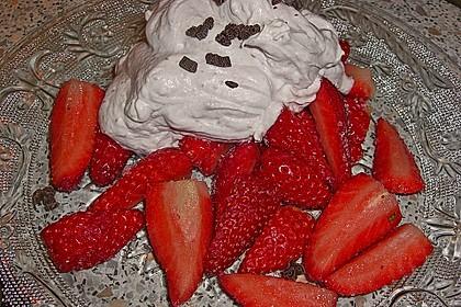 Erdbeeren mit Sahnecreme