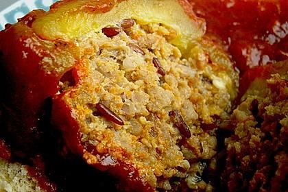 Gefüllte Paprika mit Tomatensauce und Knödeln auf tschechische Art 1