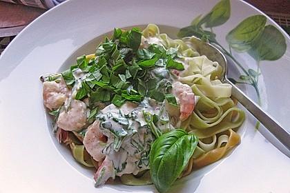 Nudeln mit scharfer Rucola - Shrimps - Soße 3