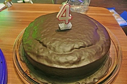 'Schwarze Versuchung' - Schokoladenkuchen 2
