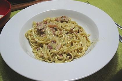 Spaghetti mit Schinken - Sahne - Sauce 4