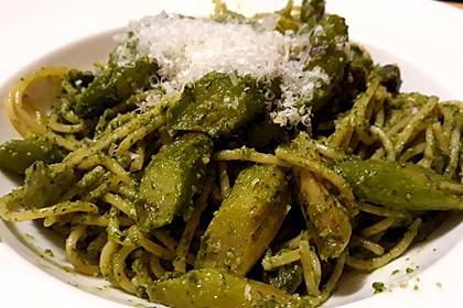 Spaghetti mit gebratenem Spargel und Bärlauchpesto 3