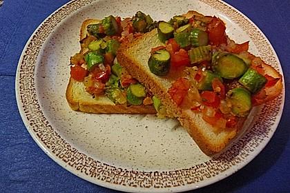 Bruschetta mit grünem Spargel und Tomaten 17