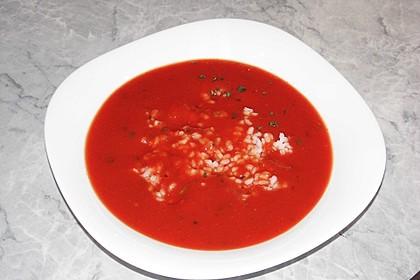 Leichte Tomatensuppe mit Reis 16