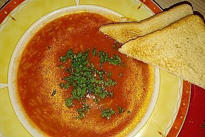 Leichte Tomatensuppe mit Reis 5