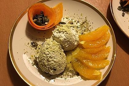 Kürbiskern - Mousse mit Orangenragout