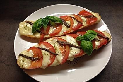 Mozzarella - Sardellen - Crostini (Bild)