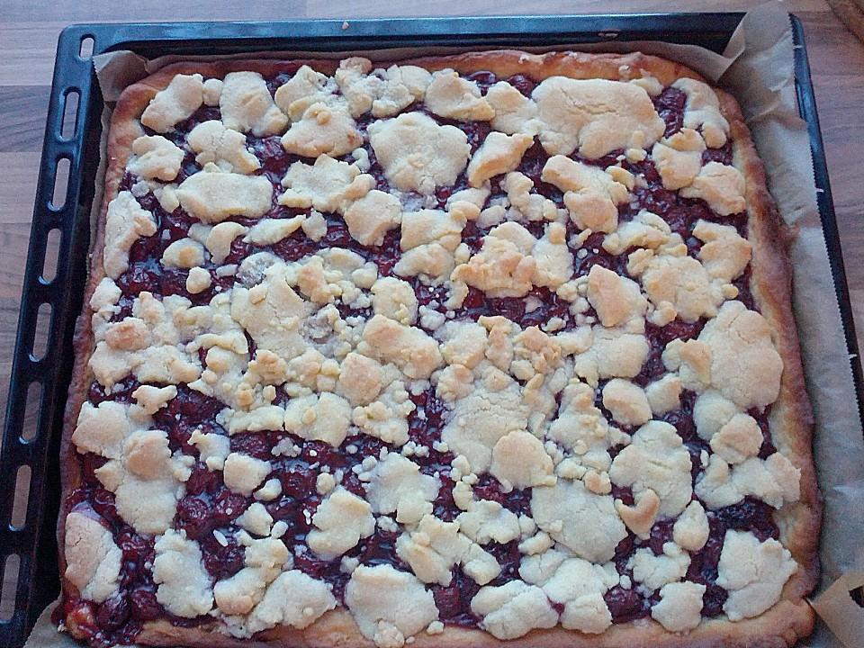 Saftiger Kirsch Streusel Kuchen Vom Blech Von Fenchelhexe