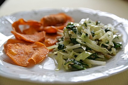 Afrikanische Gemüsepfanne mit  Süßkartoffelchips 1