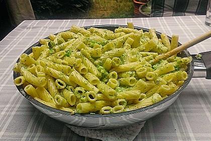 Brokkoli - Nudeln in Käsesauce 3