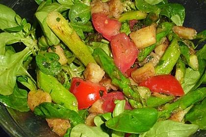 Bratkartoffelsalat mit Avocado und grünem Spargel in Orangen - Balsamico - Dressing 4
