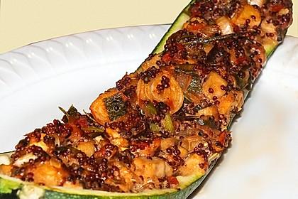Vegetarisch gefüllte Zucchini mit Quinoa und Ahornsirup 5