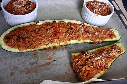 Vegetarisch gefüllte Zucchini mit Quinoa und Ahornsirup 7