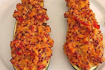Vegetarisch gefüllte Zucchini mit Quinoa und Ahornsirup 13