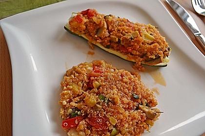 Vegetarisch gefüllte Zucchini mit Quinoa und Ahornsirup 11