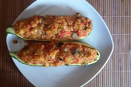 Vegetarisch gefüllte Zucchini mit Quinoa und Ahornsirup 19