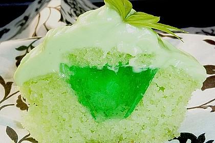 Zitronen - Cupcakes mit Waldmeister - Frischkäse - Creme 3