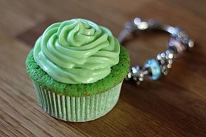 Zitronen - Cupcakes mit Waldmeister - Frischkäse - Creme 8