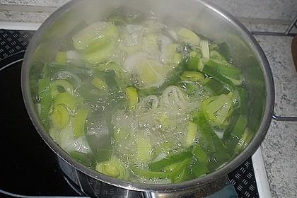 Fischstäbchen auf Kartoffelpüree 12