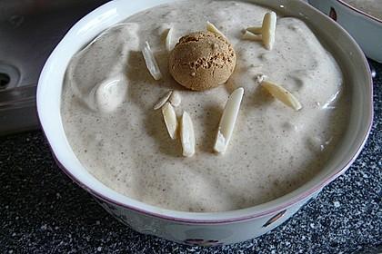 Amaretto - Crème mit Pfirsichen 13
