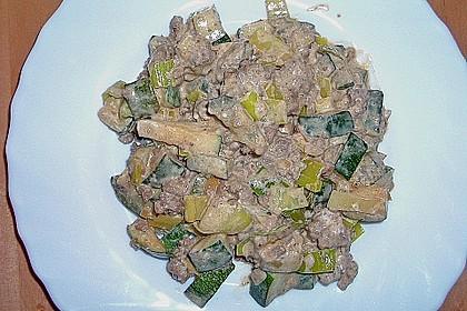 Zucchini - Hackpfanne mit Frischkäse (Bild)