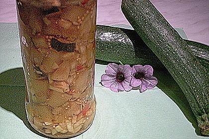 Eingekochte Zucchini