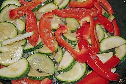 Kartoffelkuchen mit Lamm und Gemüse 8
