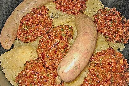 Leberknödel auf Sauerkraut 6