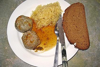 Leberknödel auf Sauerkraut 3