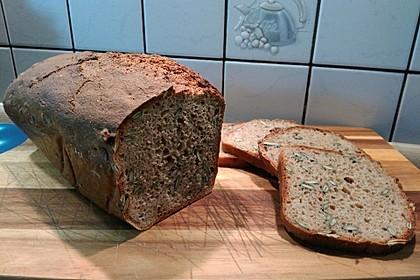 Dinkel - Buchweizen - Brot 1