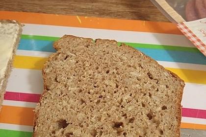 Dinkel - Buchweizen - Brot 7