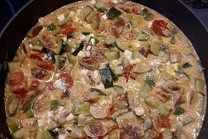 Griechische Zucchinipfanne mit  Bratwurst 6