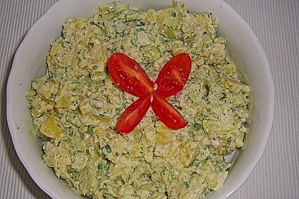 Kartoffelsalat mit Schmelzkäsesoße