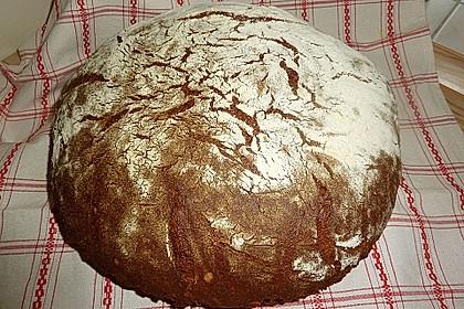 Würzig - malziges Roggenmischbrot mit Sauerteig 8