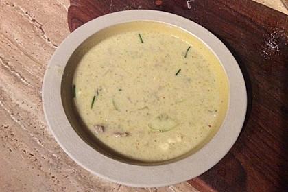Gurken-Rahm-Suppe mit Hackfleisch und Kartoffeln 3