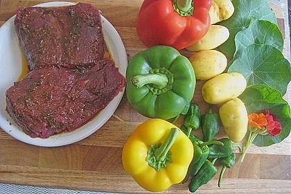 Straußensteaks mit Paprikawürfeln und einem Kresse - Kartoffelstampf 1