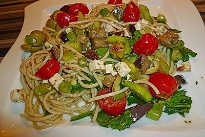Bibis sommerlicher Spaghetti-Gemüse-Salat 2