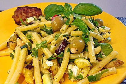 Bibis sommerlicher Spaghetti-Gemüse-Salat 15